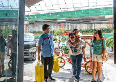 Baclaran Guided Shopping Tour